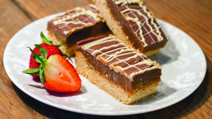 Rowcroft Big Bake - Millionaire Shortbread